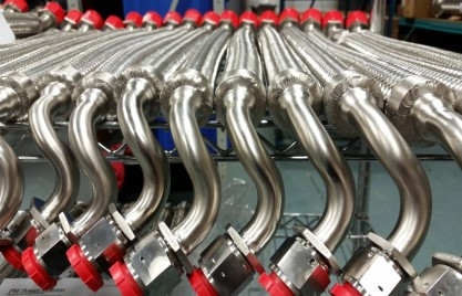 Custom Hose Assemblies With Bent Tube